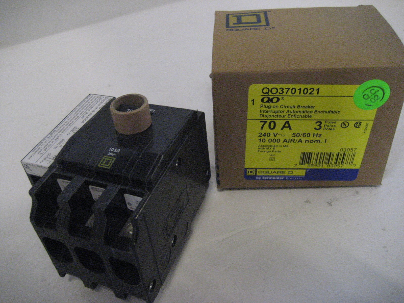 New Square D Shunt Trip Breaker Qo3701021 3 Pole 70 Amp How Do Breakers Work