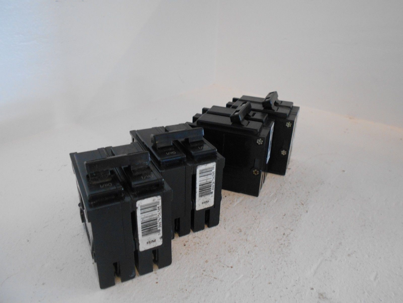 Powerbox Dpc 7500 240v 30 Amp Plug Play 3 Prong