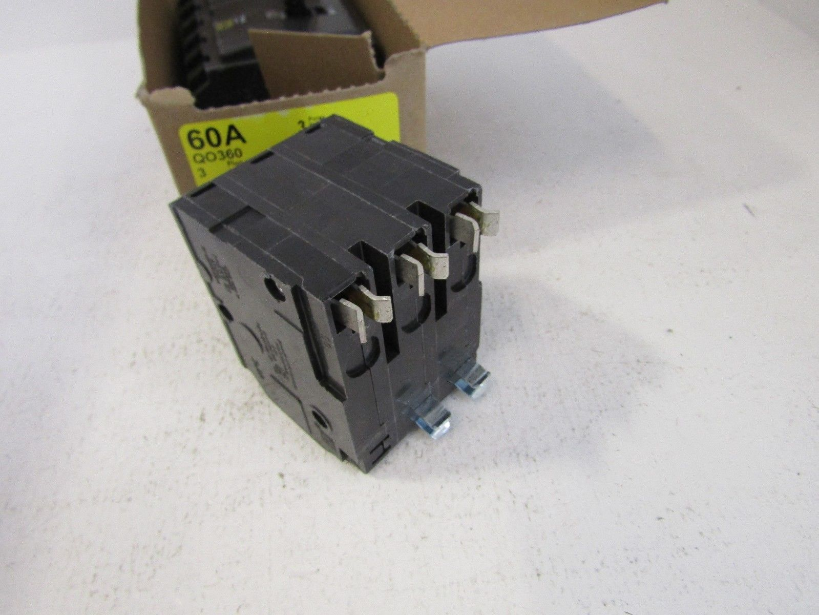 NEW LOT OF 3 SQUARE D QO360 3 POLE 60 AMP CIRCUIT BREAKERS FITS NQ ...