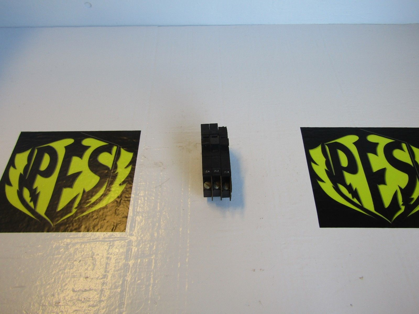 LOT OF 3 SQUARE D XO115 1 POLE 15AMP 120 VOLT CIRCUIT BREAKERS FOR ...