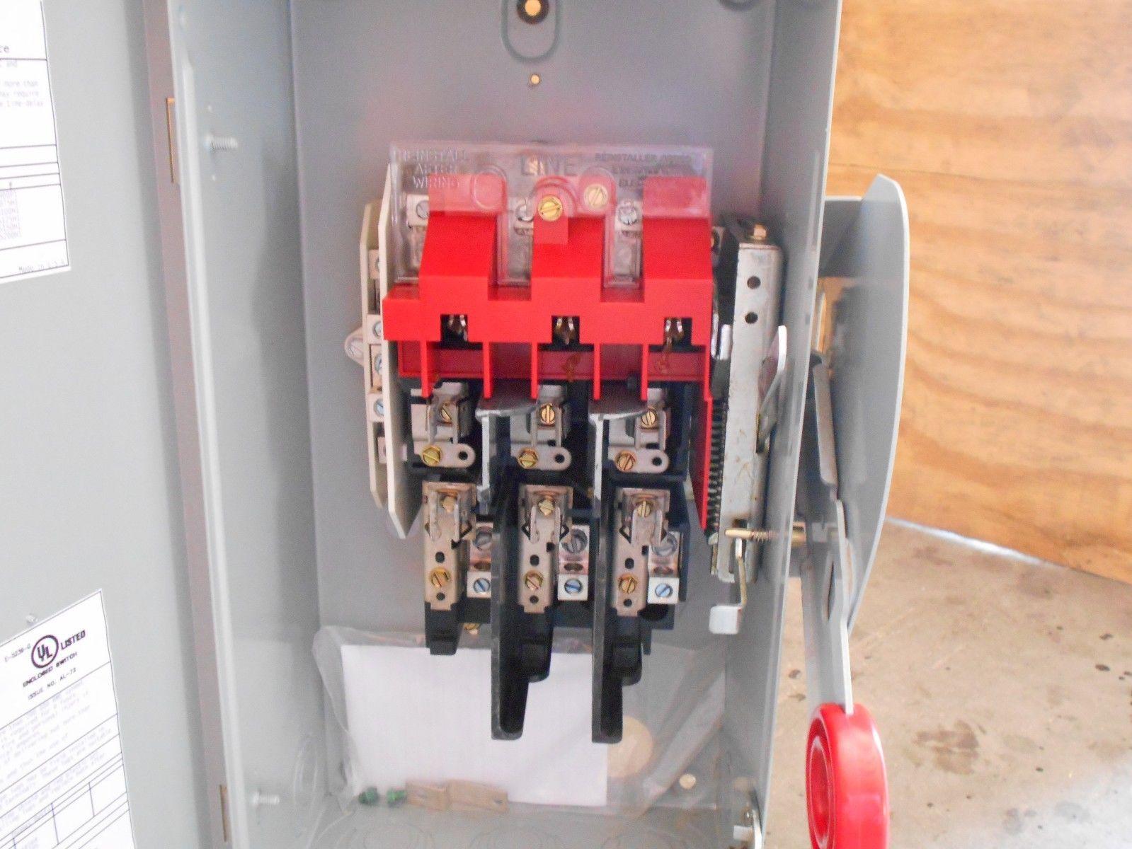 NEW Eaton Cutler-Hammer Heavy Duty Safety Switch Part # DH321NRK NOB ...
