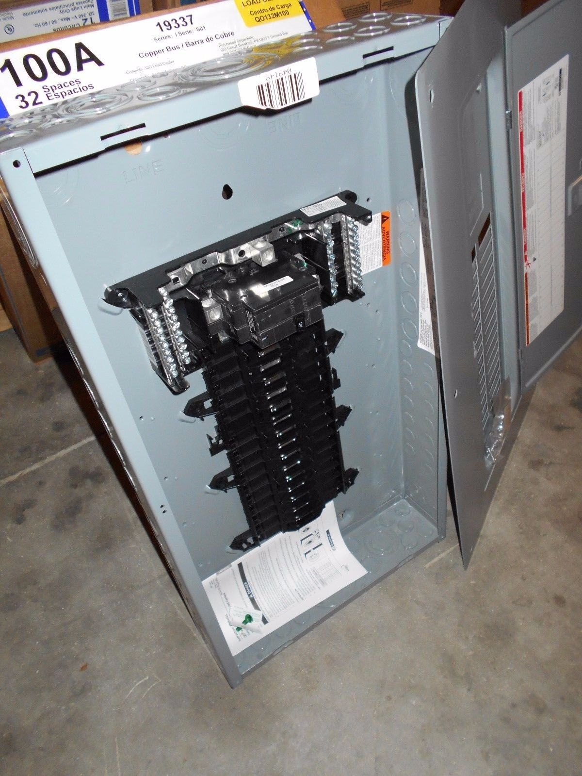 Nib Square D Qo132m100 100 Amp Single Phase Indoor Load Center 32 Home Electrical Circuit Breakers Centers Fuses