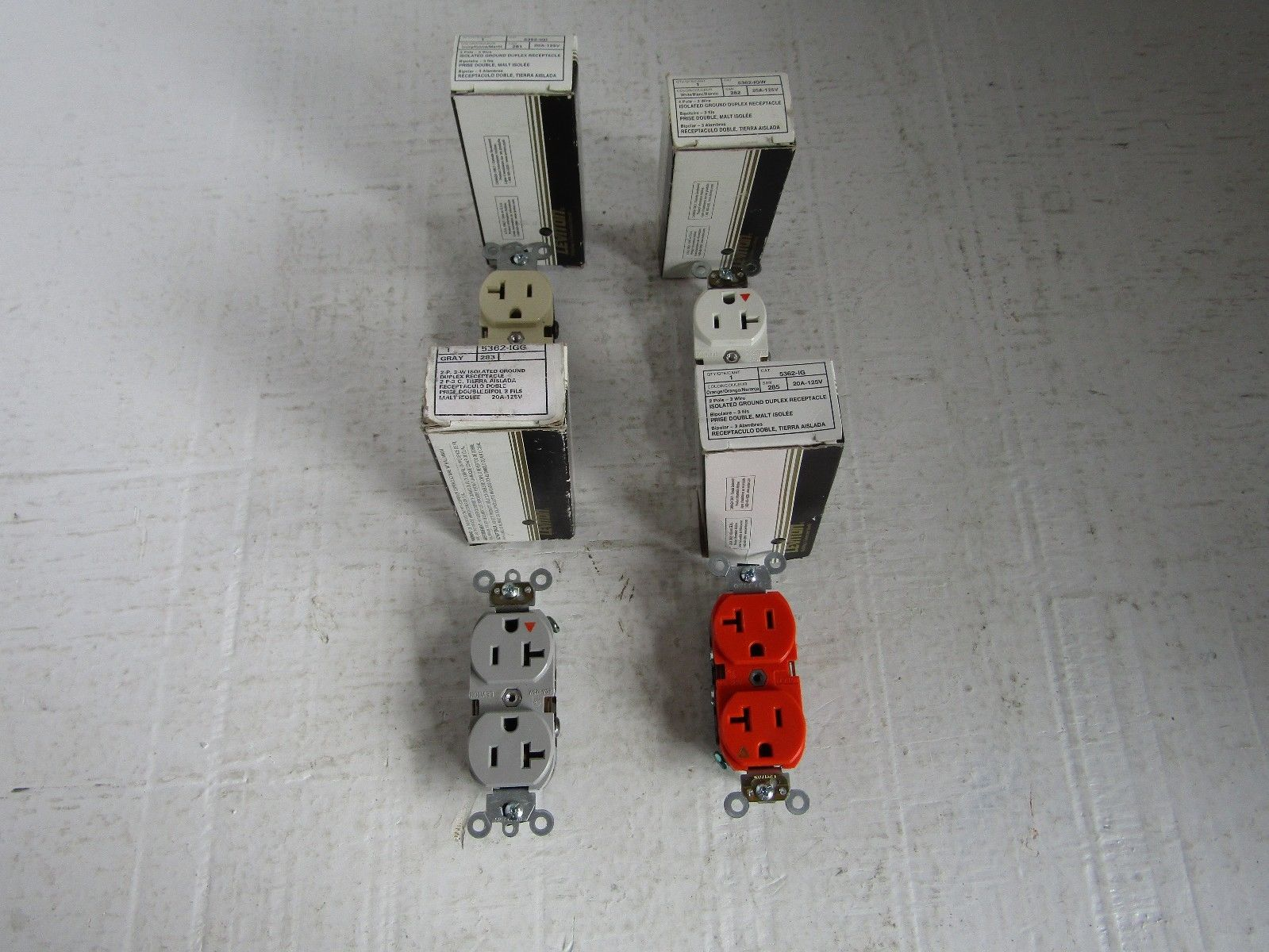 NEW MIX LOT OF 4 LEVITON 5362IG 20A 125V ISOLATED DUPLEX RECEPTACLE ...